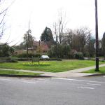 Eastmoreland Parking Lot